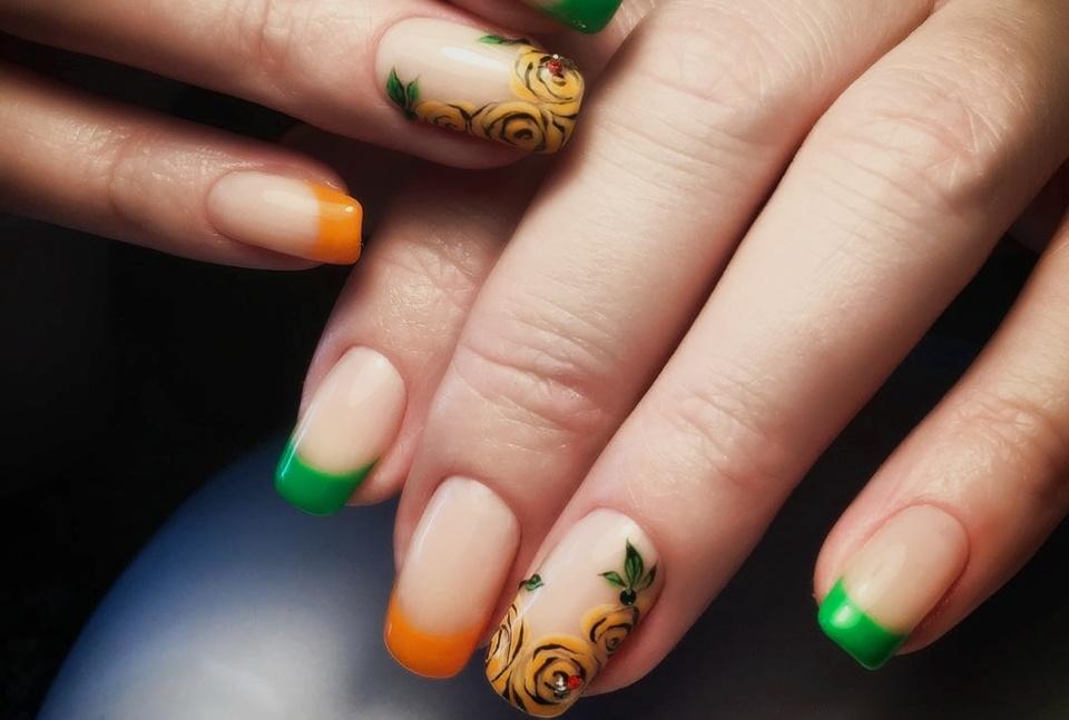 как покрасить ногти двумя цветами фото